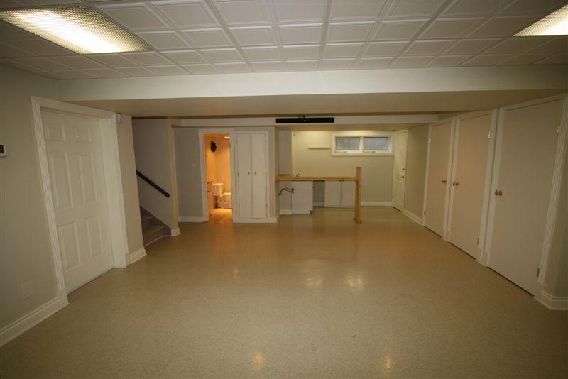 1330 Kelburn Road, Winnipeg, Manitoba  R5A 1K2 - Photo 54 - 1013253
