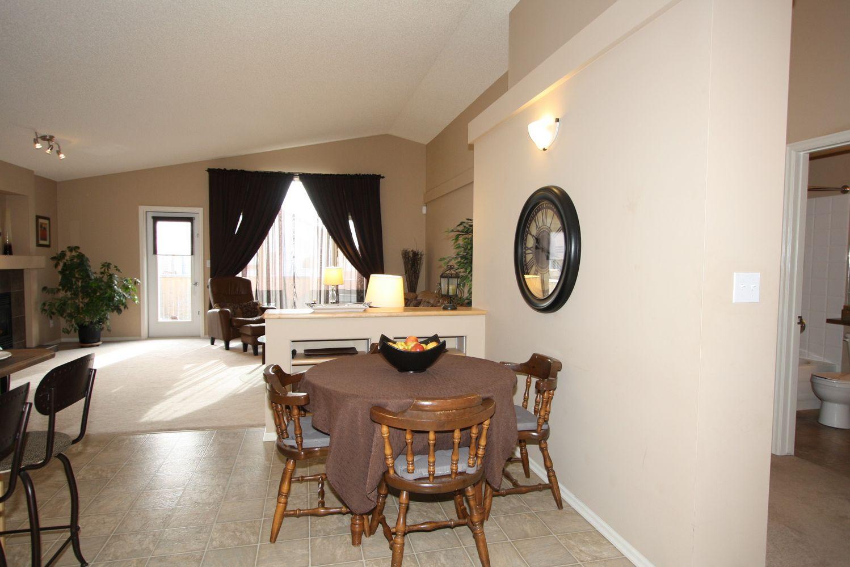 946 Aldgate Road, Winnipeg, Manitoba  R2N 4P5 - Photo 10 - 1105715