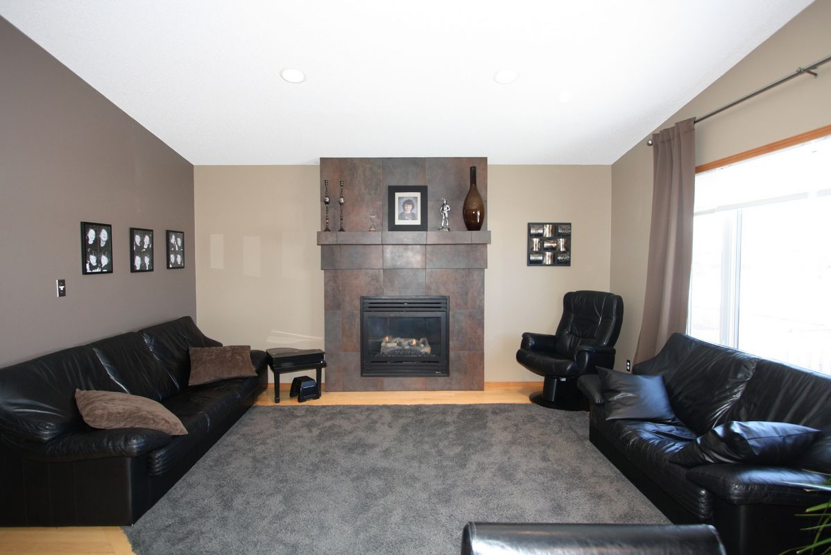 133 Laurel Ridge Drive, Winnipeg, Manitoba  R3Y 1X3 - Photo 10 - 1104833