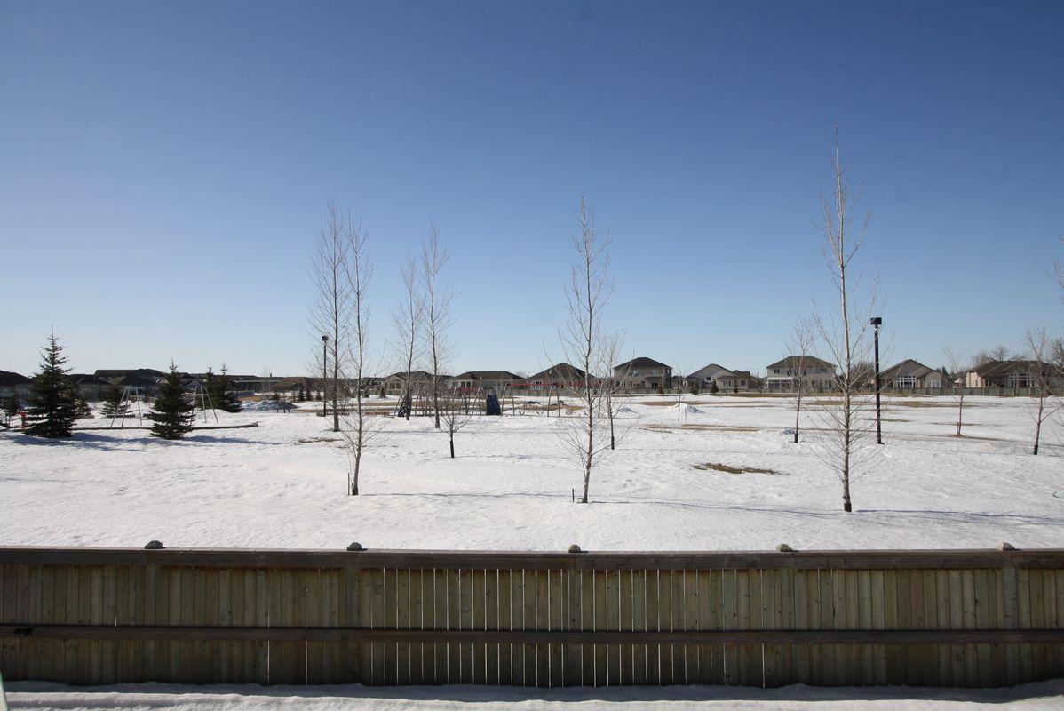 133 Laurel Ridge Drive, Winnipeg, Manitoba  R3Y 1X3 - Photo 18 - 1104833