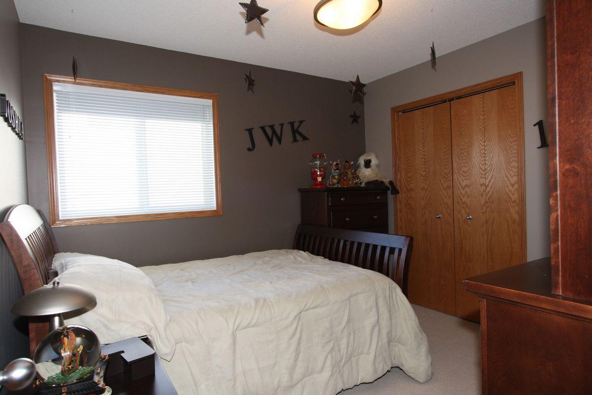 133 Laurel Ridge Drive, Winnipeg, Manitoba  R3Y 1X3 - Photo 5 - 1104833