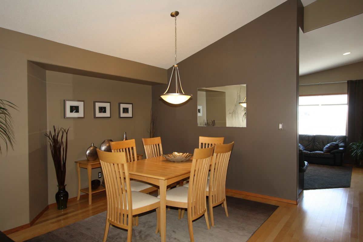 133 Laurel Ridge Drive, Winnipeg, Manitoba  R3Y 1X3 - Photo 6 - 1104833