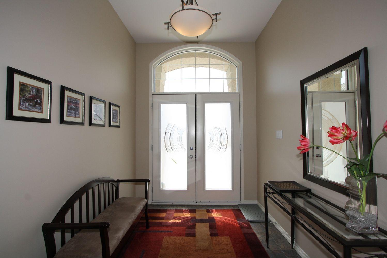 112 Tangle Ridge Crescent, Winnipeg, Manitoba  R3Y 1Y2 - Photo 1 - 1108305