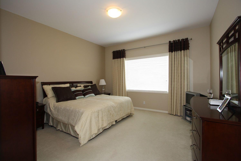 112 Tangle Ridge Crescent, Winnipeg, Manitoba  R3Y 1Y2 - Photo 7 - 1108305
