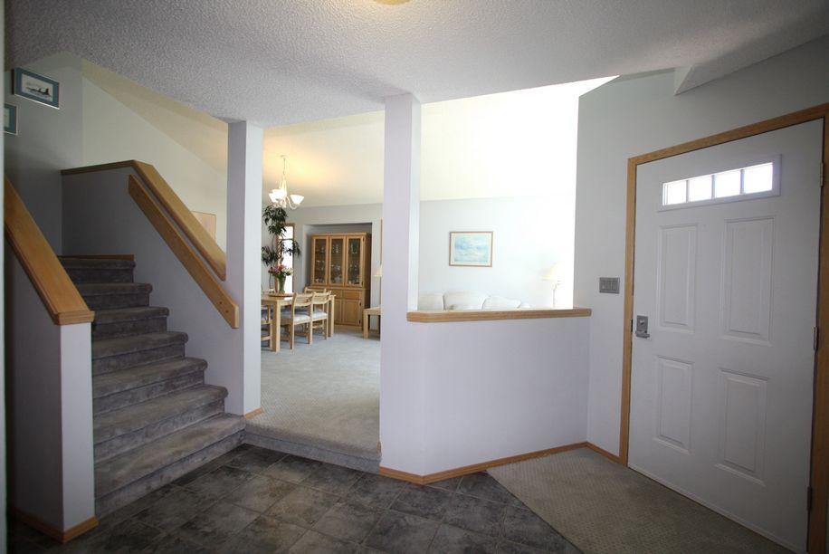 14 Simsbury Place, Winnipeg, Manitoba  R3P 2H4 - Photo 1 - 1113603