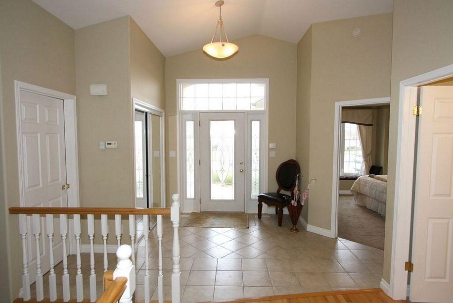 22 Castle Ridge Drive, Winnipeg, Manitoba  non e - Photo 1 - 1121329