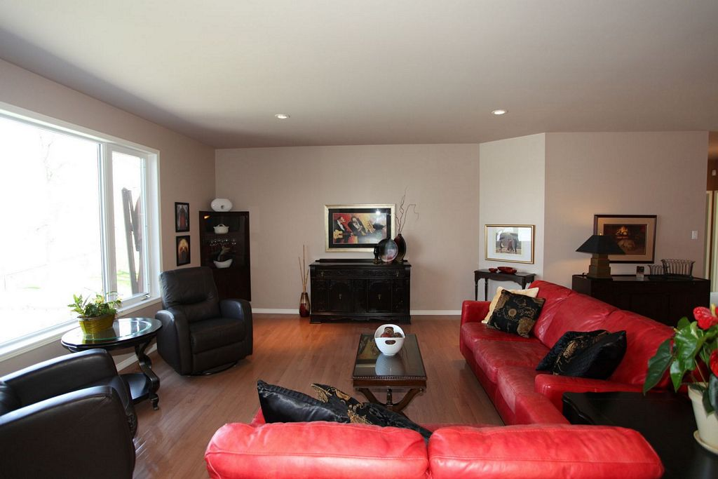 4 Deerwood Place, Winnipeg, Manitoba  R4H 1J7 - Photo 6 - 1209325