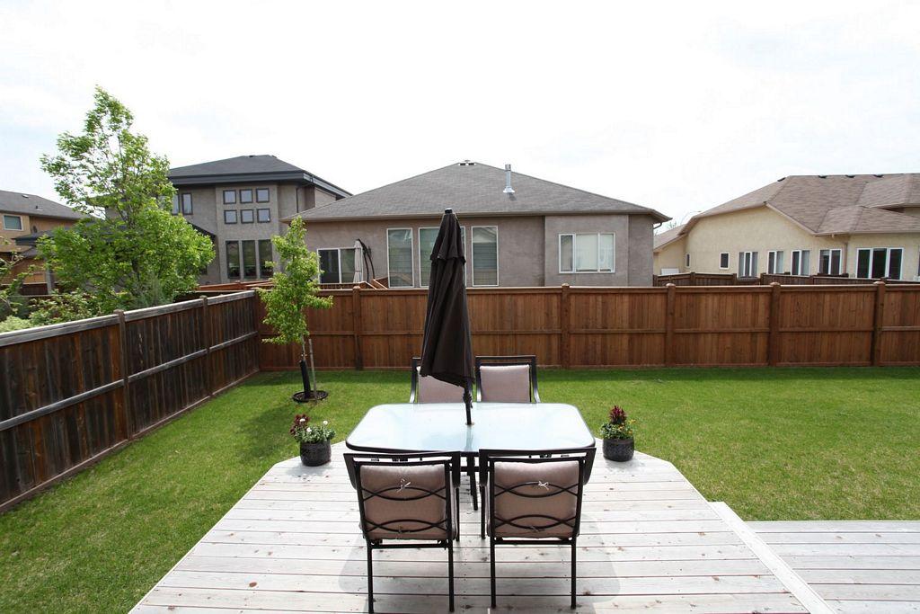 6 Falcon Ridge Drive, Winnipeg, Manitoba  R3Y 1W1 - Photo 21 - 1210533