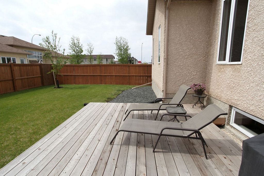6 Falcon Ridge Drive, Winnipeg, Manitoba  R3Y 1W1 - Photo 23 - 1210533