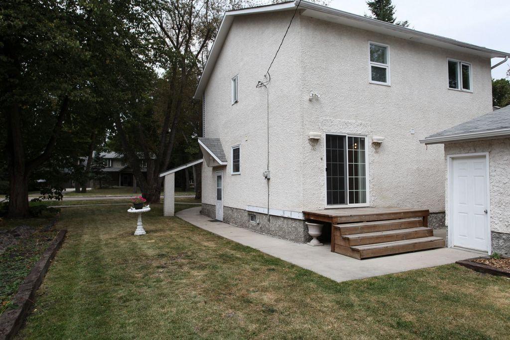 859 Kildonan Drive, Winnipeg, Manitoba  R2K 2G4 - Photo 24 - 1219087