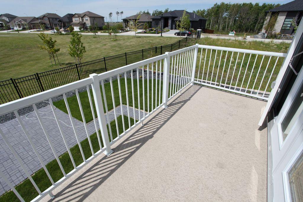 28 Erin Woods Road, Winnipeg, Manitoba  R3Y 0H1 - Photo 12 - 1400722