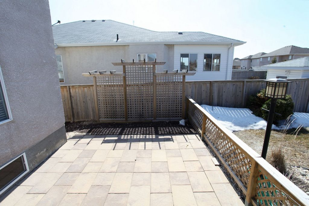 22 Fall Ridge Road, Winnipeg, Manitoba  R3Y 1X7 - Photo 26 - 1408874