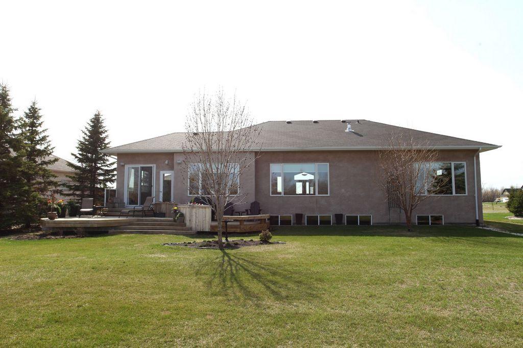16 Oakmont Crescent, Winnipeg, Manitoba  R4H 1J4 - Photo 30 - 1411513