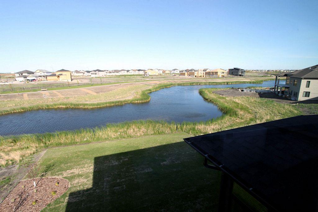 82 Waterstone Drive, Winnipeg, Manitoba  R3Y 0L3 - Photo 29 - 1409322