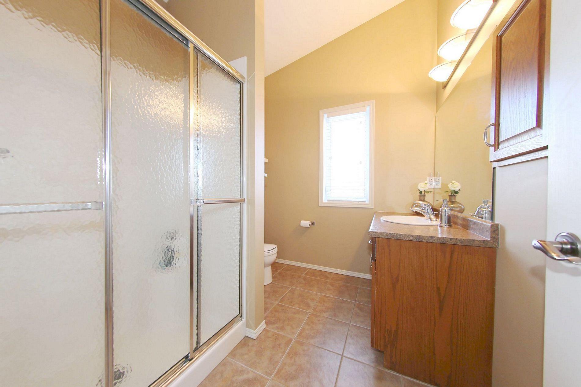 10 Phimister Close, Winnipeg, Manitoba  R3Y 1Y5 - Photo 13 - 1503514