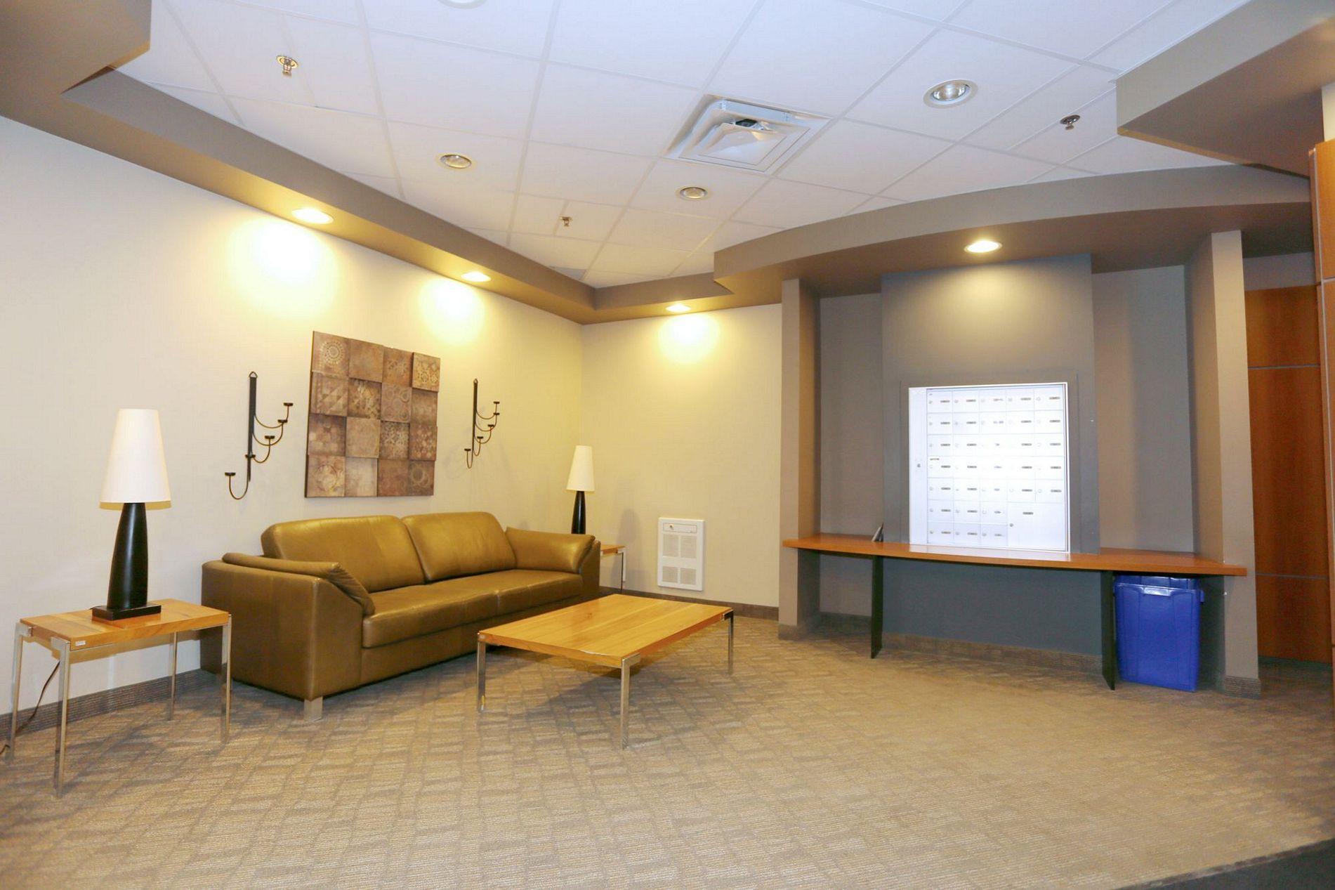 207-703 Riverwood Avenue, Winnipeg, Manitoba  R3T 1V6 - Photo 2 - 1519968