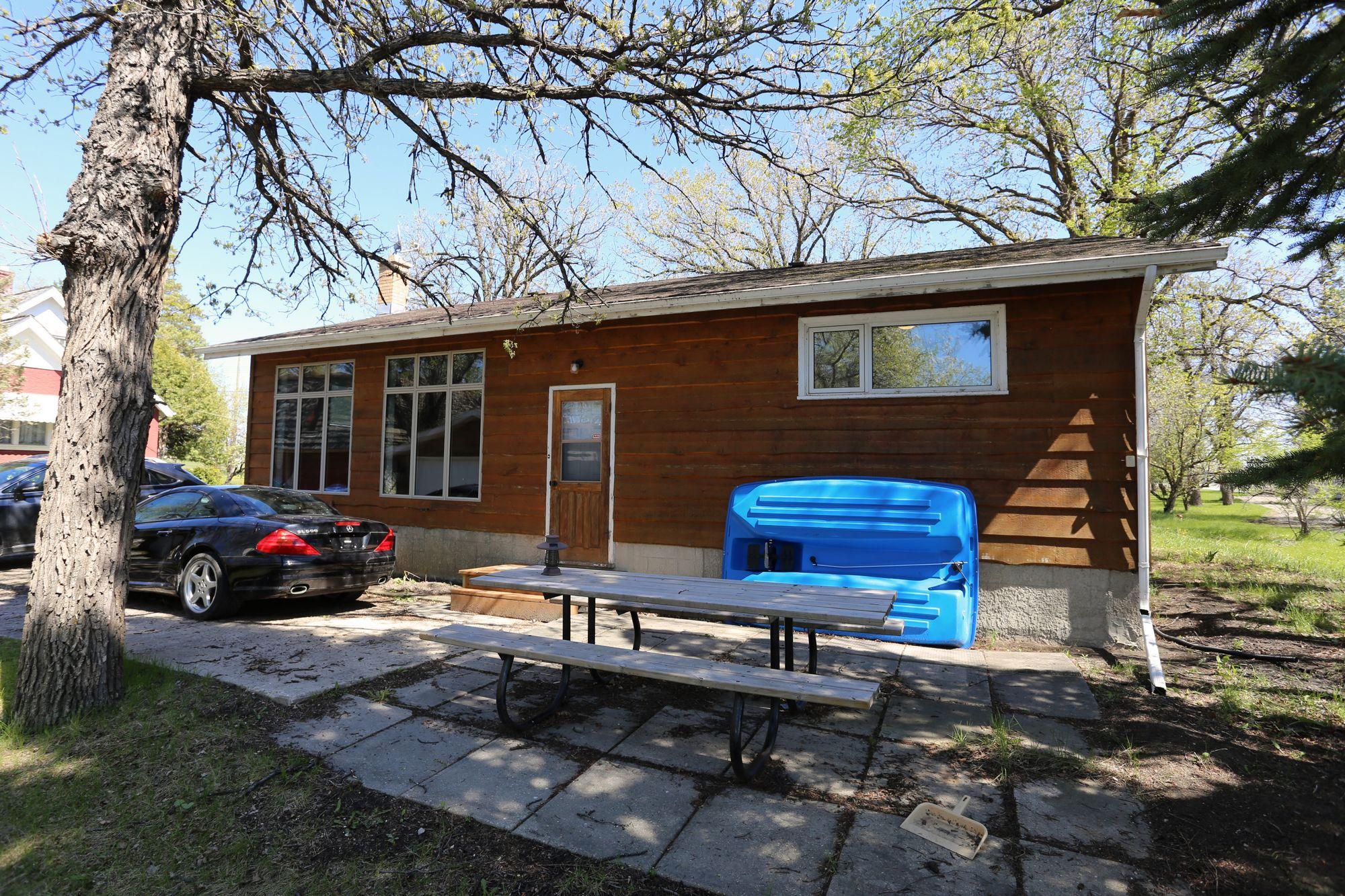 2334 Henderson Hwy, Winnipeg, Manitoba  R2E 0B9 - Photo 17 - 1522363