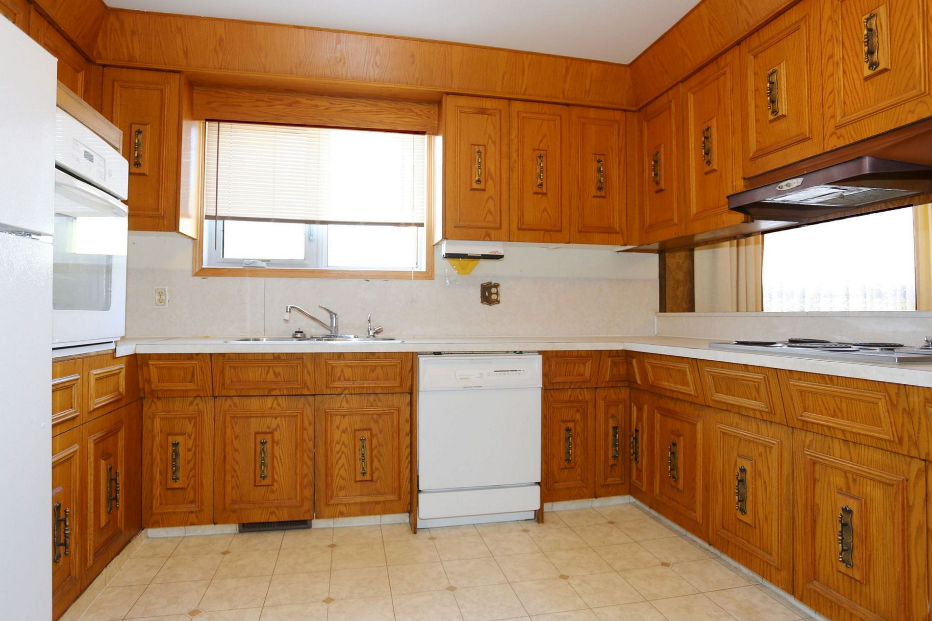 274 Bowman Avenue, Winnipeg, Manitoba  R2K 1N9 - Photo 5 - 1607007