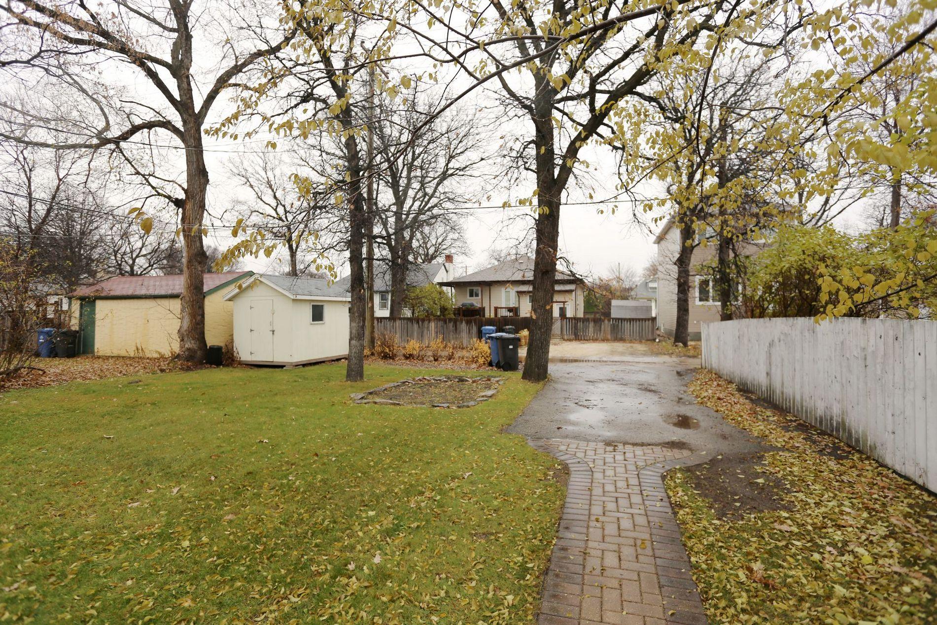 309 Guildford Street, Winnipeg, Manitoba  R3J 2J4 - Photo 23 - 1628285