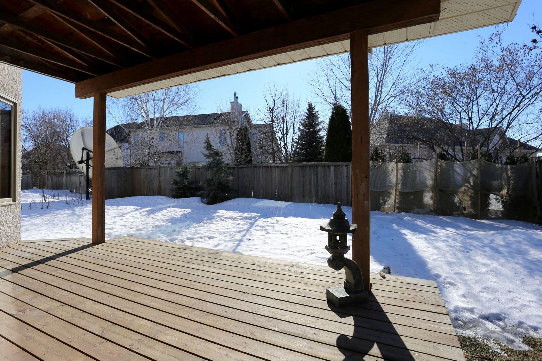 72 Redview Drive, Winnipeg, Manitoba  R2N 3S2 - Photo 25 - 1705577
