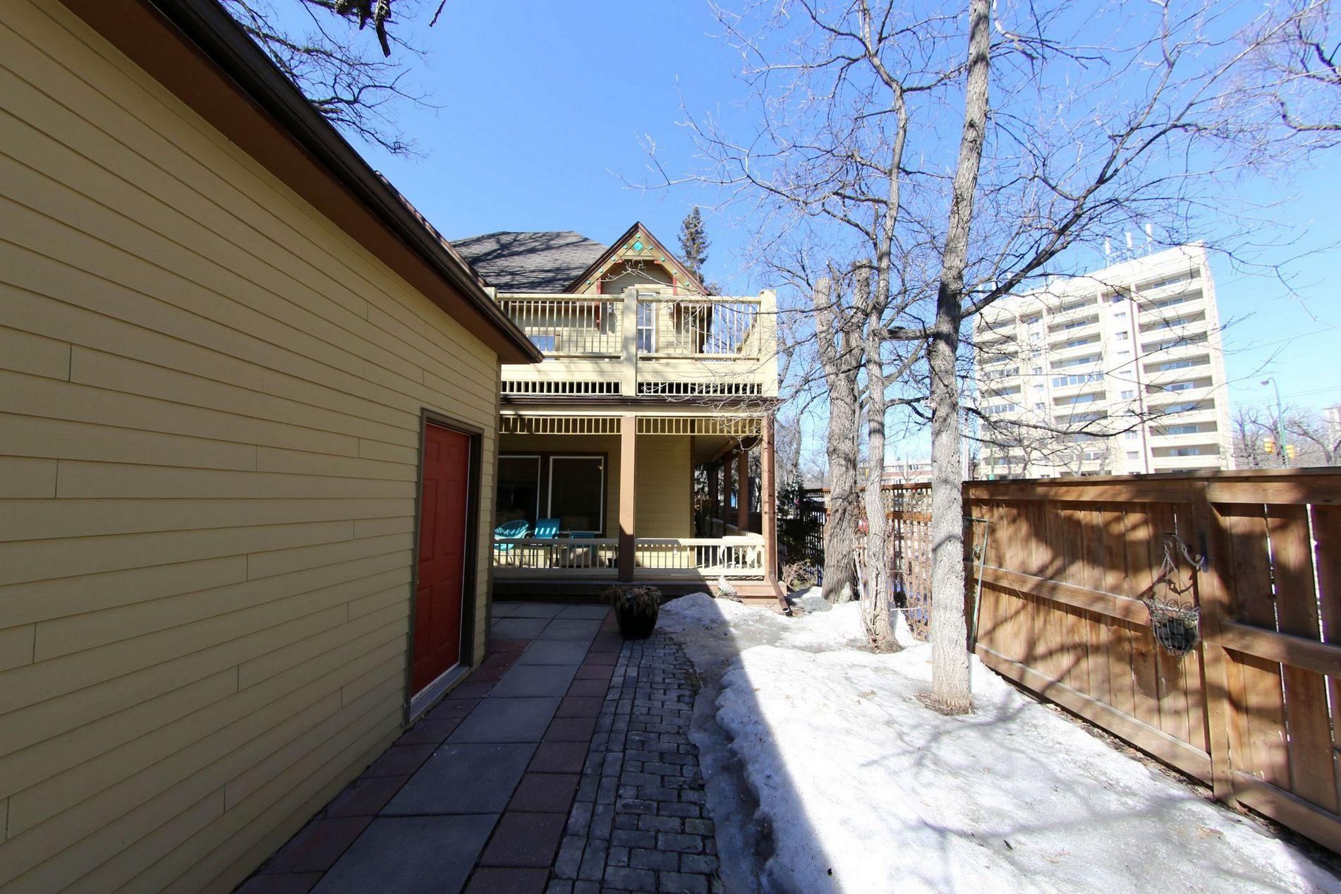 2 Arbuthnot Street, Winnipeg, Manitoba  R3M 3Z5 - Photo 28 - 1706528