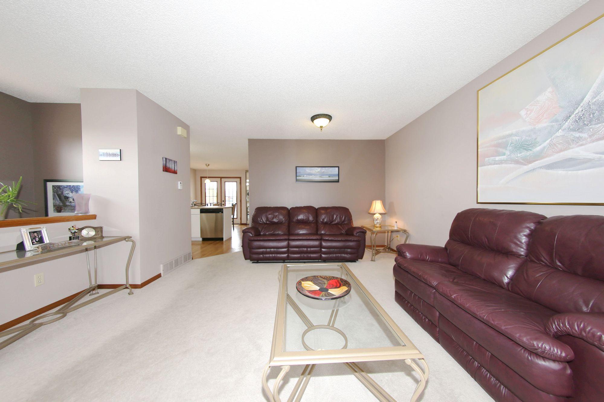 57 Chisholm Drive, Winnipeg, Manitoba  R2R 2T7 - Photo 4 - 1709467