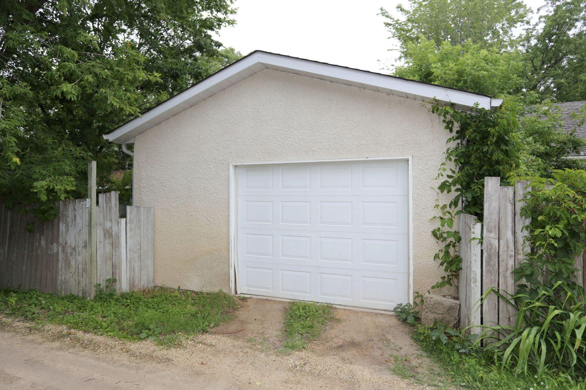 834 Oakenwald Ave, Winnipeg, Manitoba  R3T 1N1 - Photo 17 - 1718606