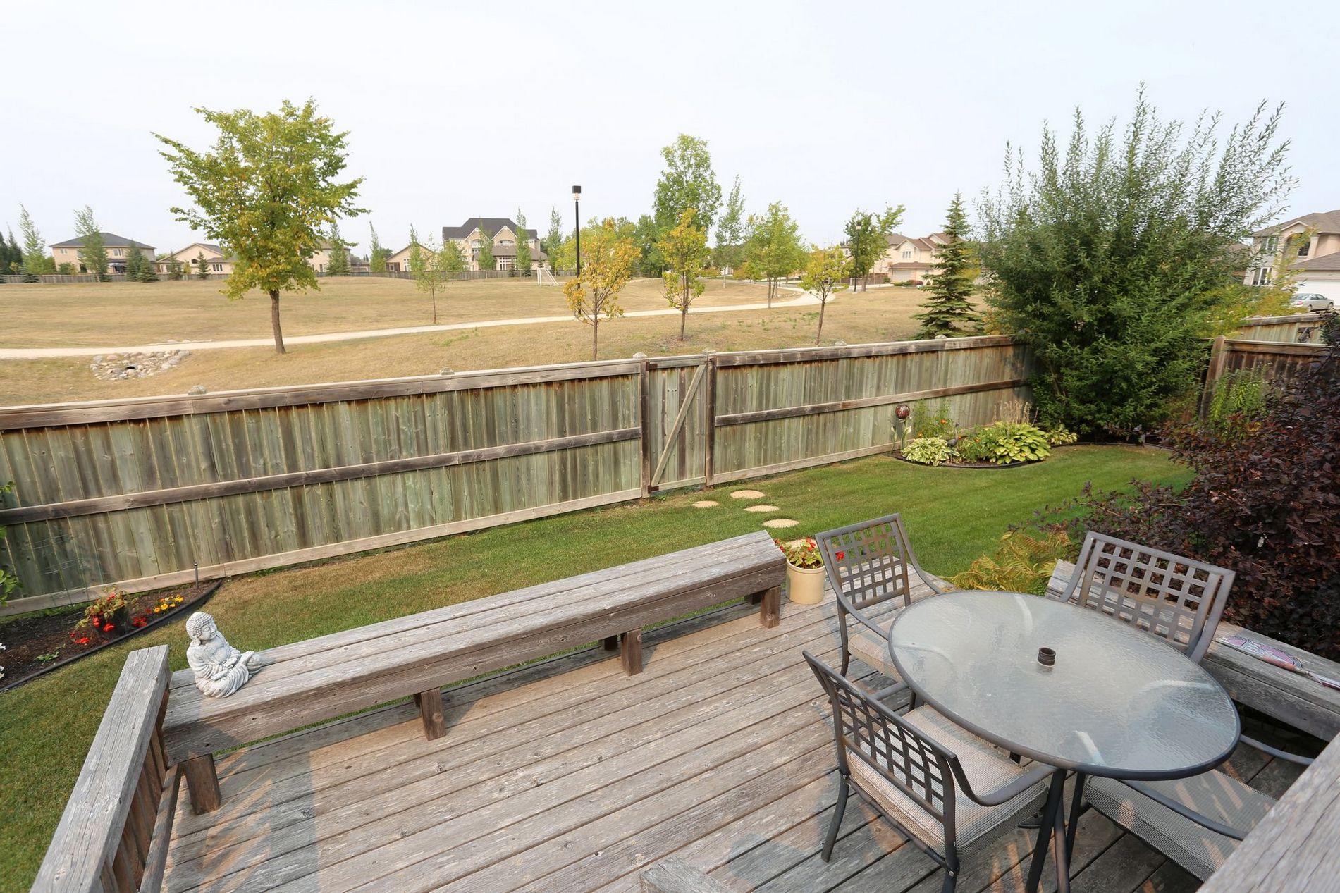 141 Laurel Ridge Drive, Winnipeg, Manitoba  R3Y 1X3 - Photo 34 - 1729766