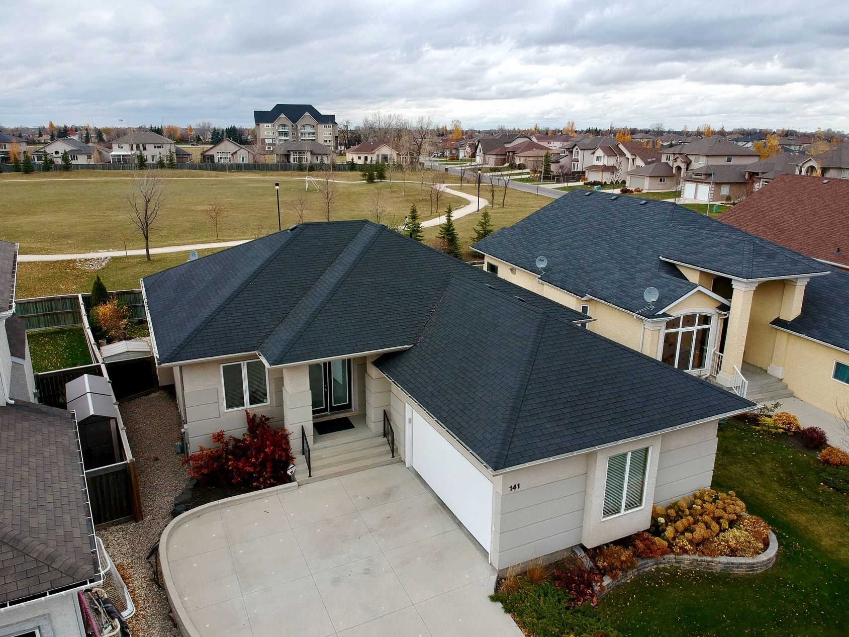 141 Laurel Ridge Drive, Winnipeg, Manitoba  R3Y 1X3 - Photo 36 - 1729766