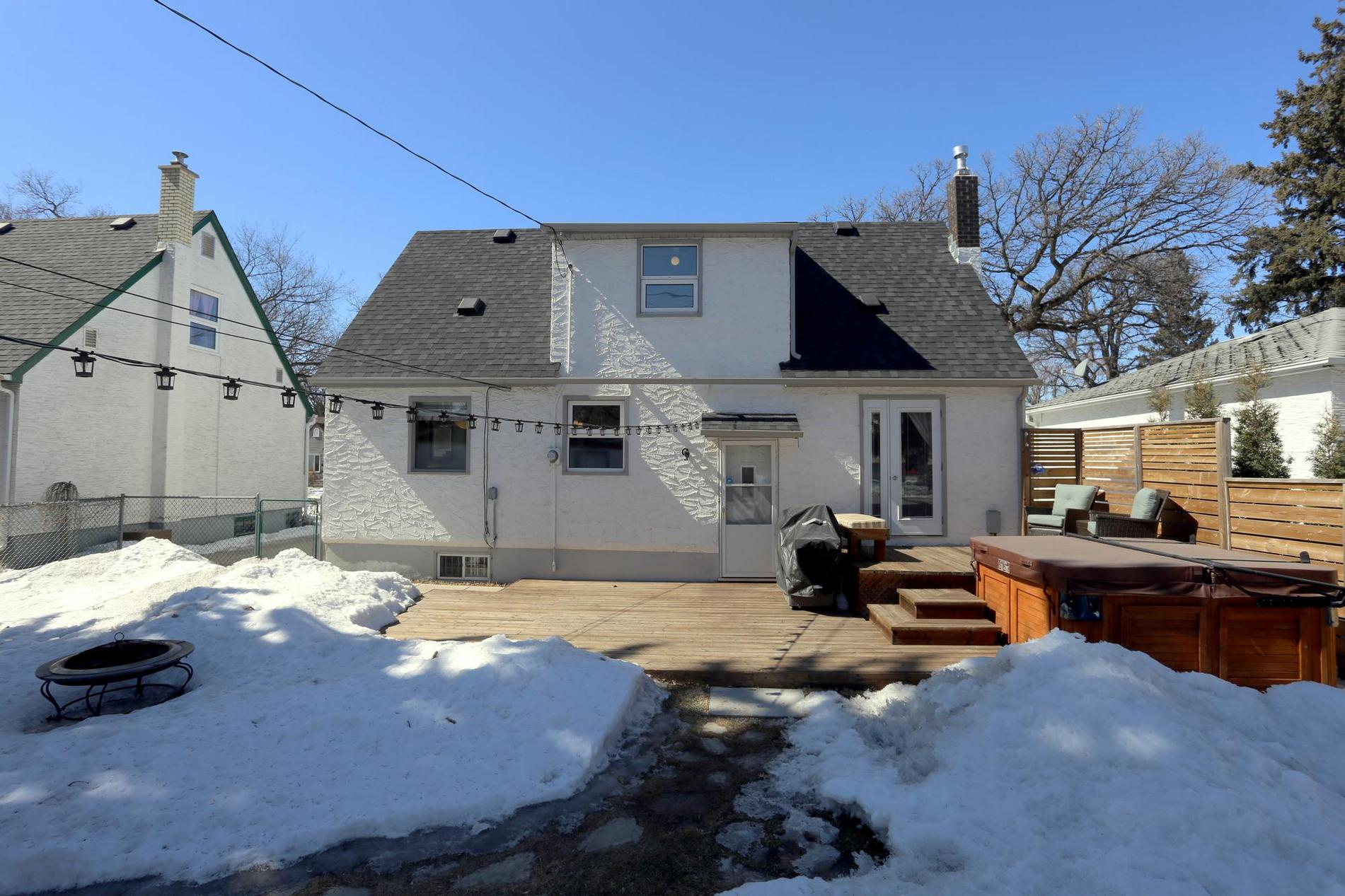 349 Guildford Street, Winnipeg, Manitoba  R3J 2J6 - Photo 26 - 1807654