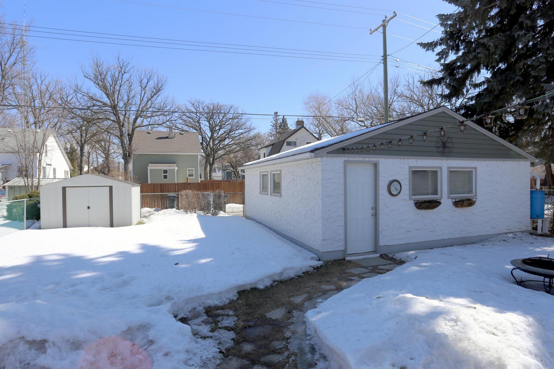 349 Guildford Street, Winnipeg, Manitoba  R3J 2J6 - Photo 29 - 1807654