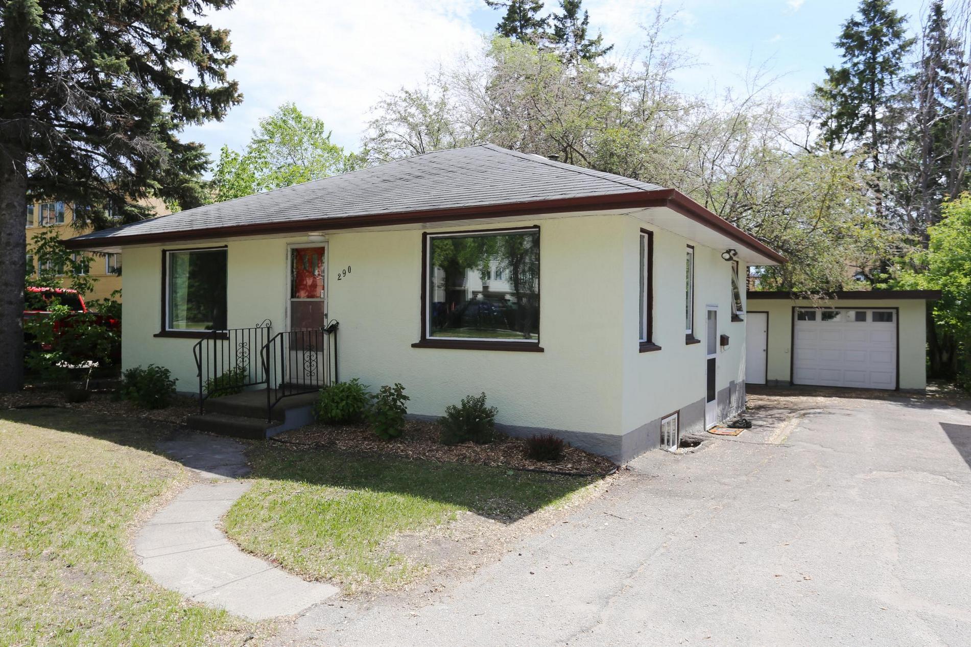 290 Mcleod, Winnipeg, Manitoba  R2K 0A8 - Photo 24 - 1814938