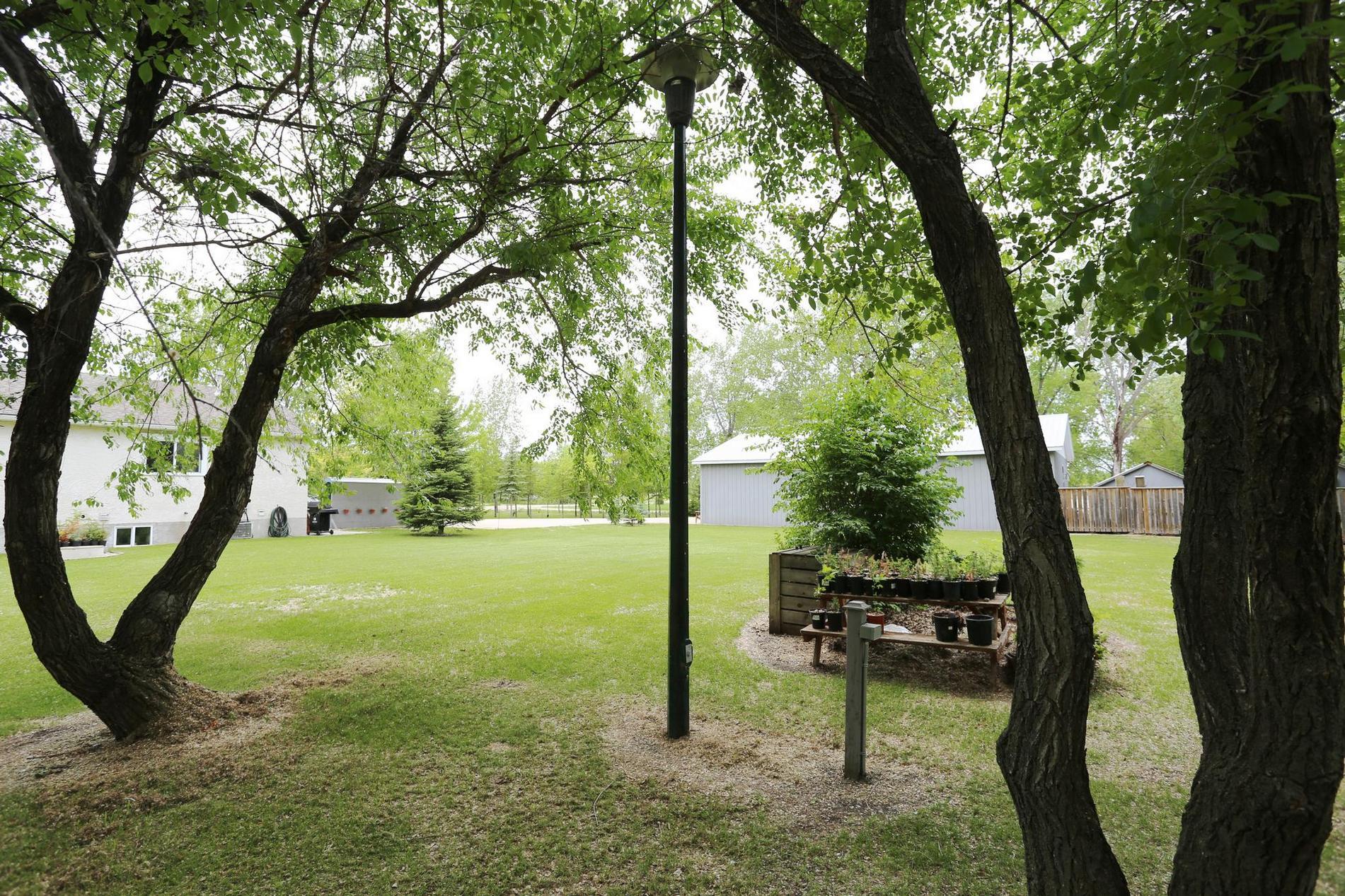 3345 Howe Ave, Winnipeg, Manitoba  R3S 1B8 - Photo 29 - 1815853