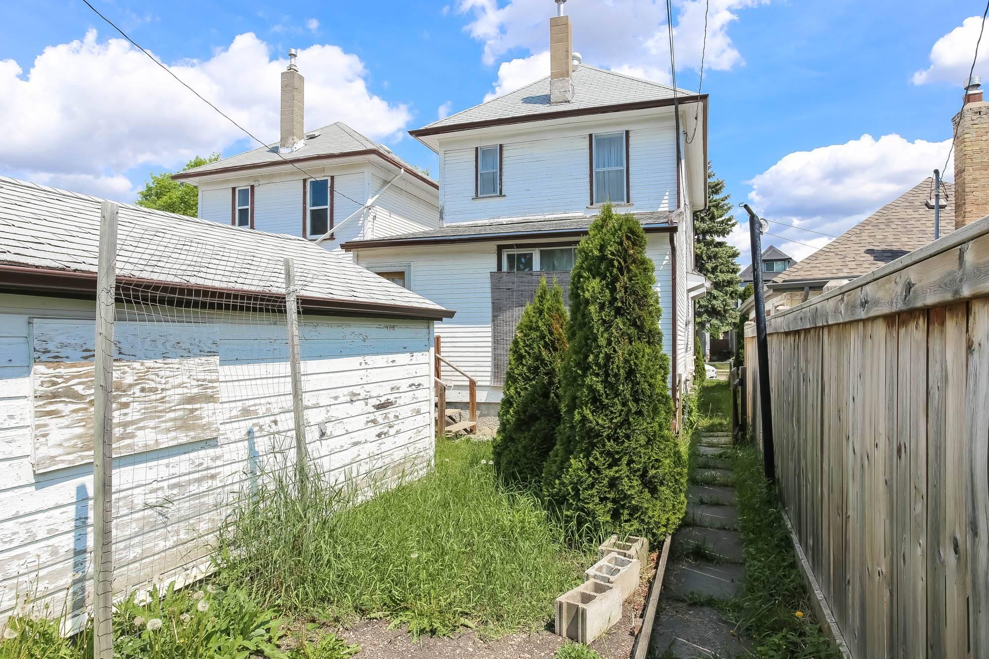 390 Banning, Winnipeg, Manitoba  R3G 2E5 - Photo 22 - 1914266