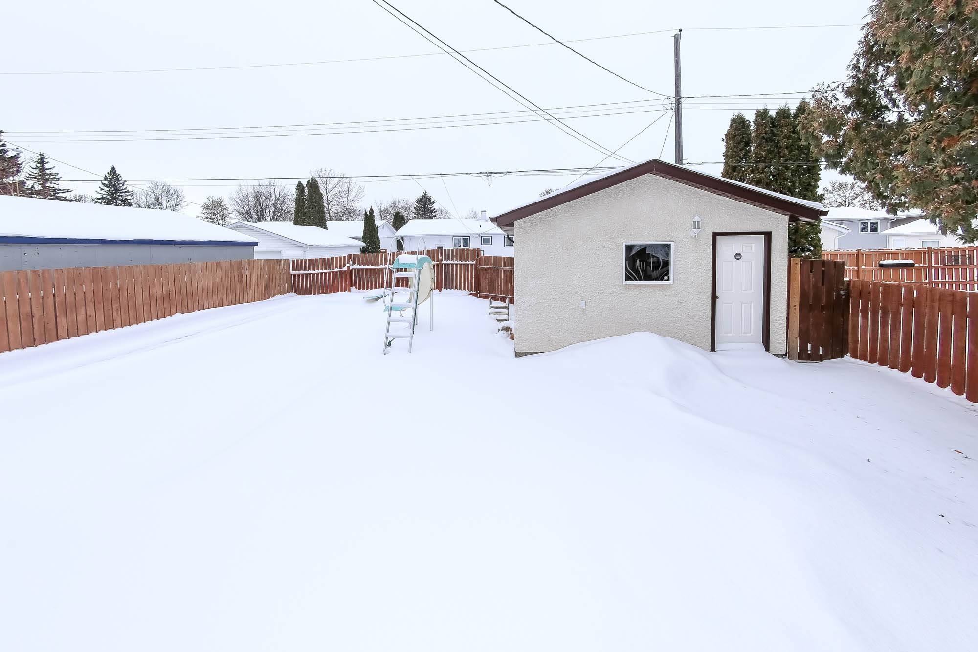 158 Raquette, Winnipeg, Manitoba  R3K 1N5 - Photo 33 - 202002520