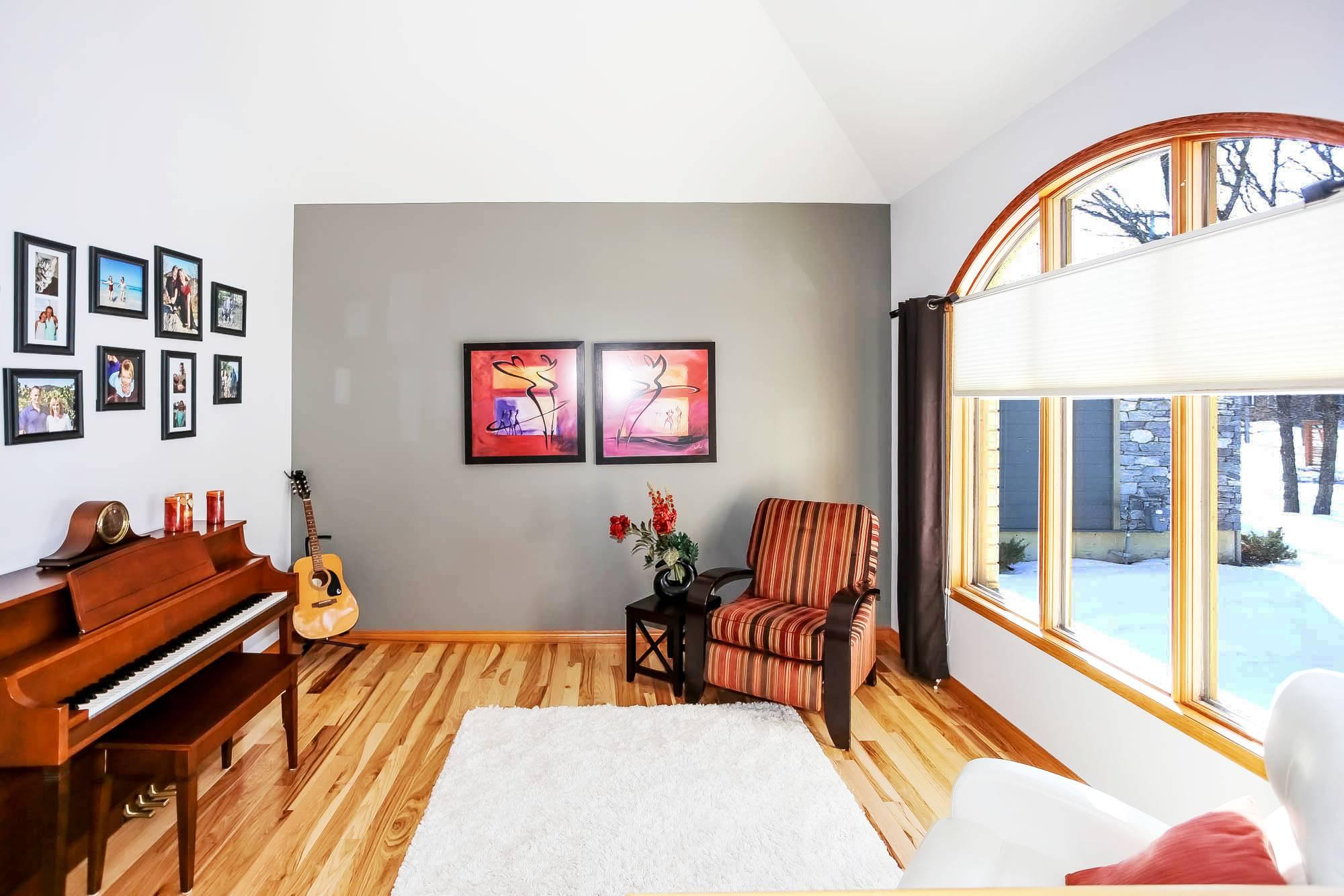 283 Oakdale Drive, Winnipeg, Manitoba  R3R 0Z6 - Photo 3 - 202005514