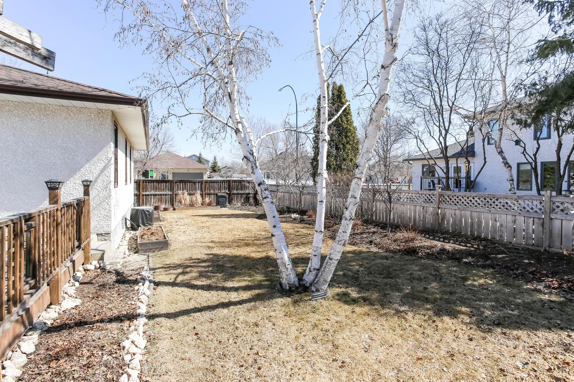 54 Middlehurst Crescent, Winnipeg, Manitoba  R2G 4C9 - Photo 44 -