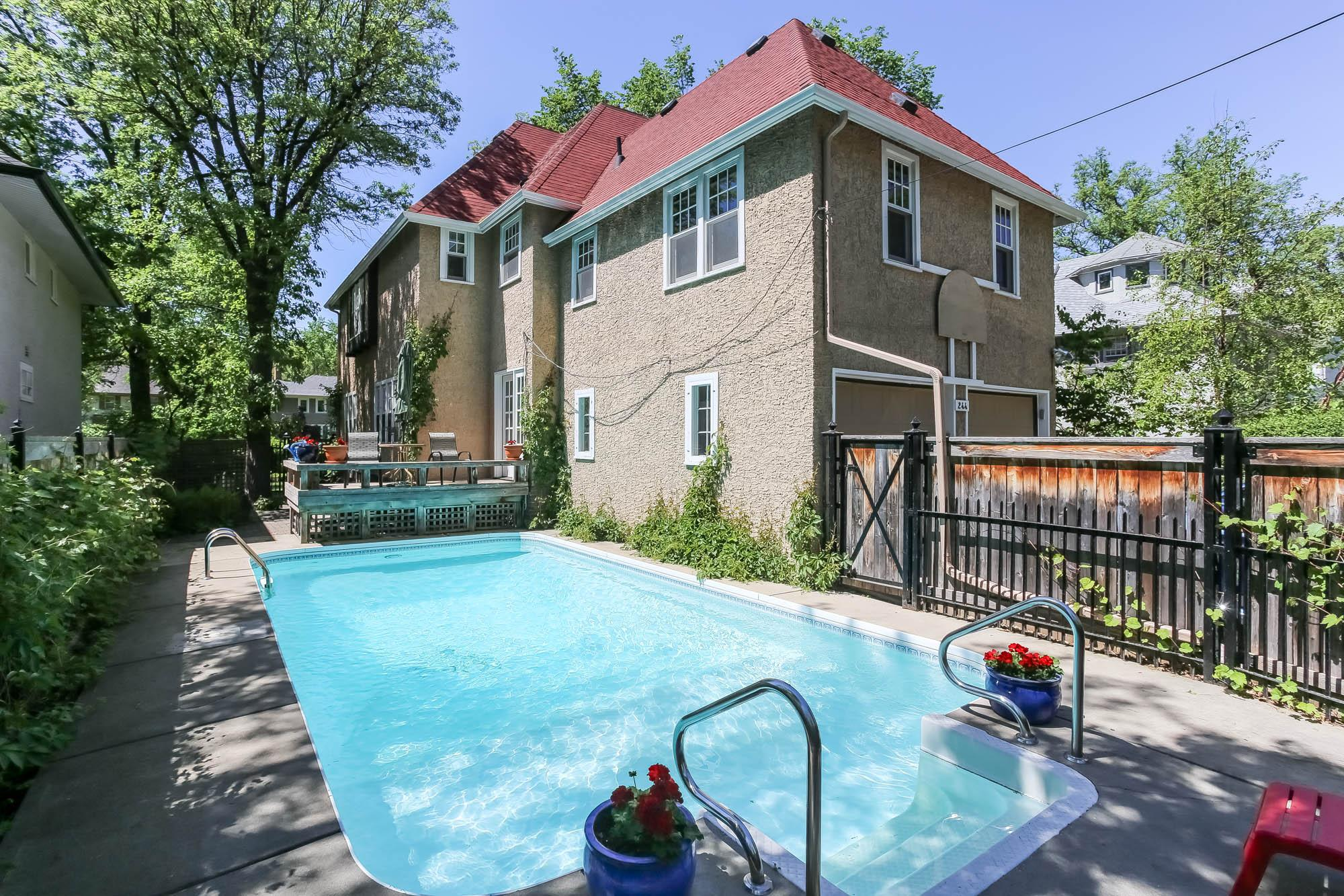 244 Waverley Street, Winnipeg, Manitoba  R3M 3L2 - Photo 43 - 202012437
