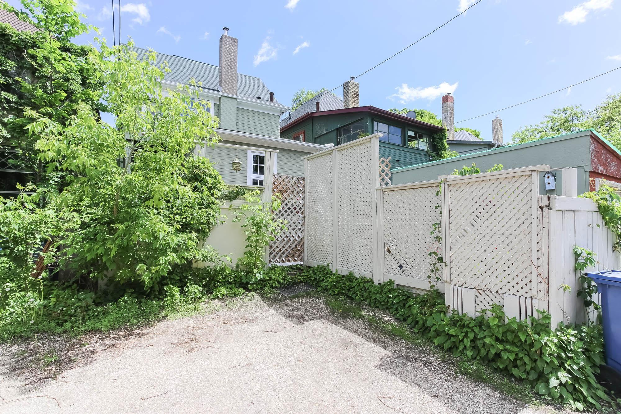 108 Lenore Street, Winnipeg, Manitoba  R3G 2C3 - Photo 44 - 202013079
