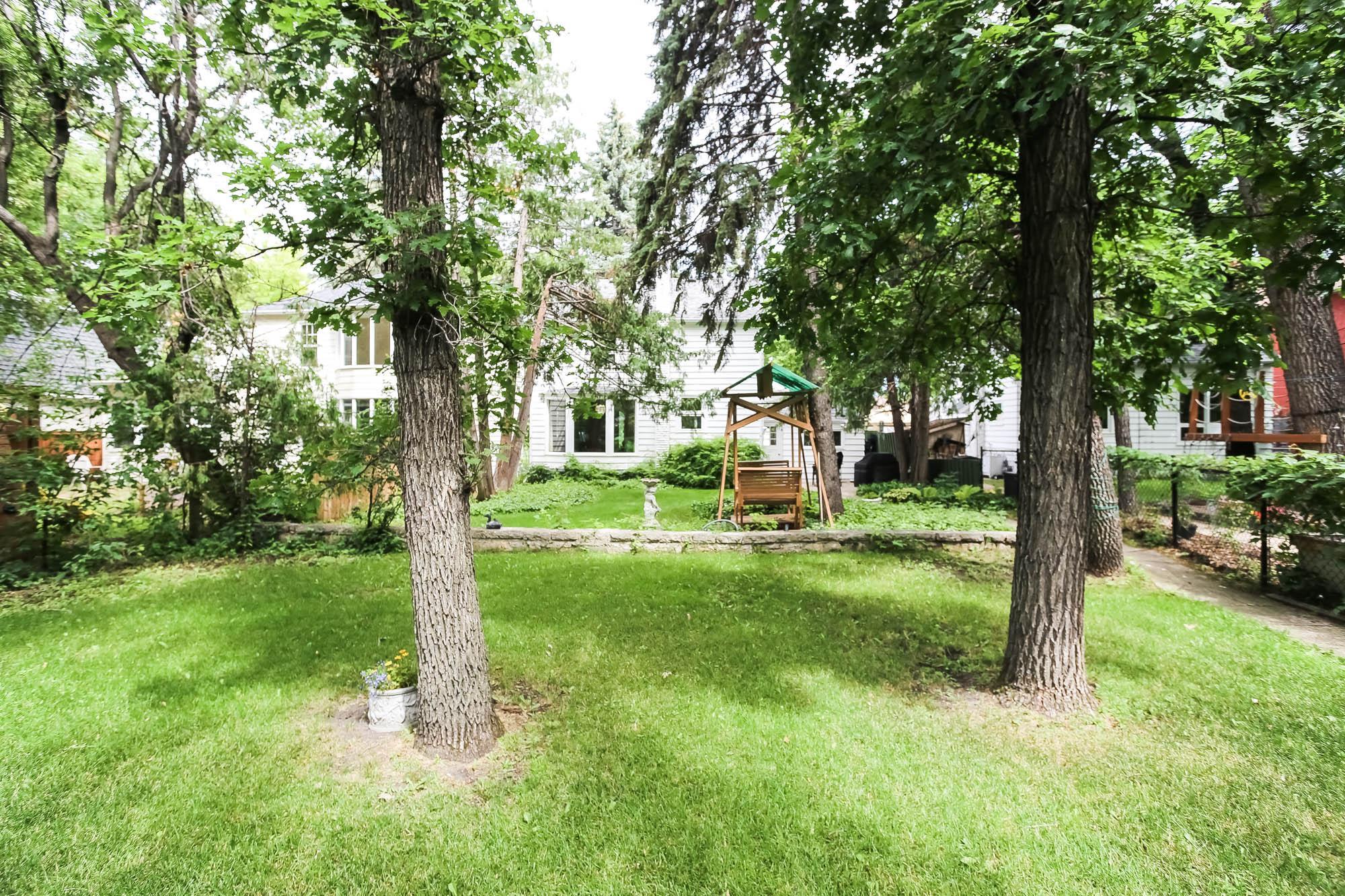 1472 Wellington Crescent, Winnipeg, Manitoba  R3N 0B3 - Photo 34 - 202016888